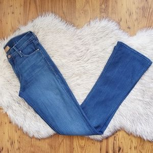 Mother The Runaway Flared Jeans Size 25